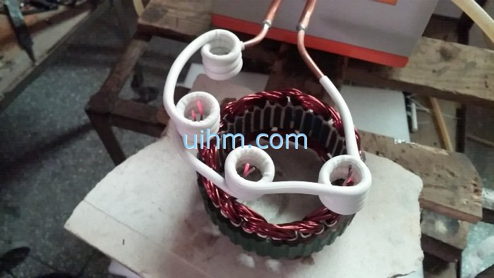 Induction Heating 3 wire bundles with a 3 heads induction coil