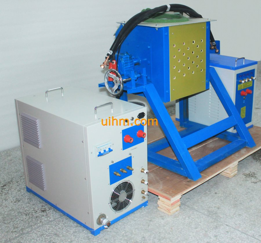 UM-40AB-MF induction melting machine with 30kg tilting furnace (3)