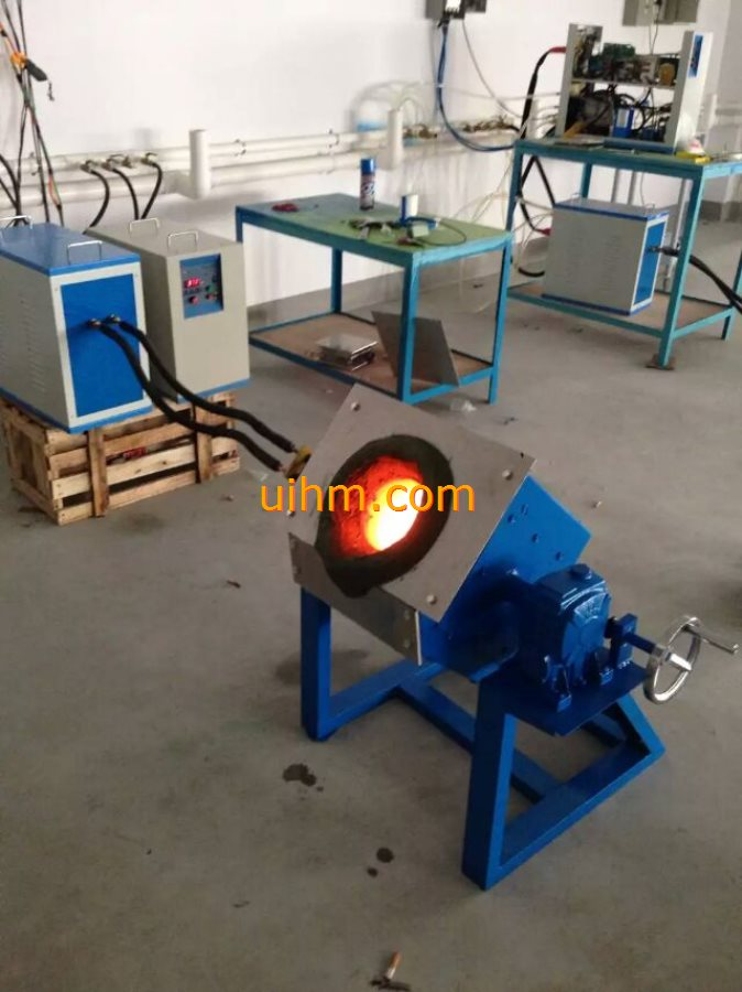 induction melting machines with tilting furnace_07